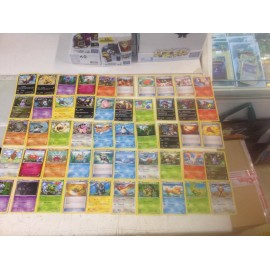 lot cartes Pokémon 50 cartes xy étincelles sans double lot n°2