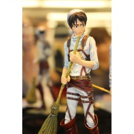 [PRECO] L'Attaque des Titans / Shingeki no Kyojin Attack on Titan statuette 1/8 Levi 32 cm
